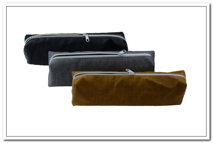 Пенал -косметичка  19х7х4 COURSE  ПВХ, молния, ассорти 3 дизайна арт. М-9548